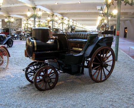 Jacquot_tonneau_a_vapeur_de_1878__Cit__de_l_Automobile_Collection_Schlumpf___Mulhouse__01