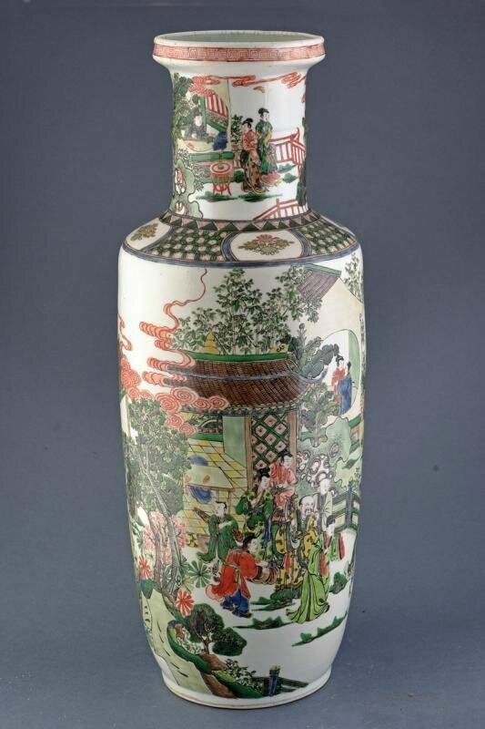 A big famille verte rouleau vase, Qing dynasty (1644-1911), late 19th century