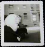 1960-NY-leaving_actors_studio-collection_frieda_hull-1-1e