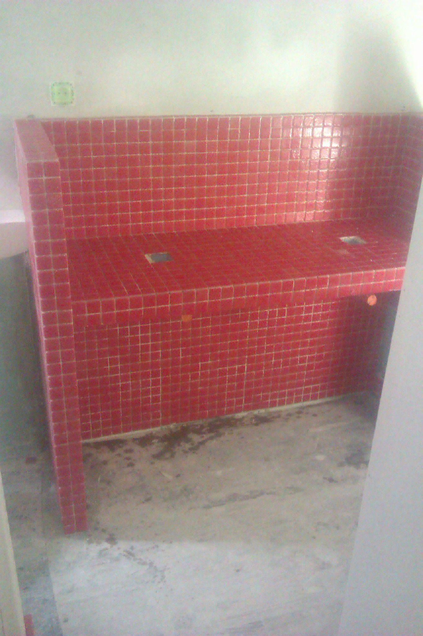 vasque rouge elegant meuble de salle de bains plus de rouge remix leroy merlin with vasque. Black Bedroom Furniture Sets. Home Design Ideas