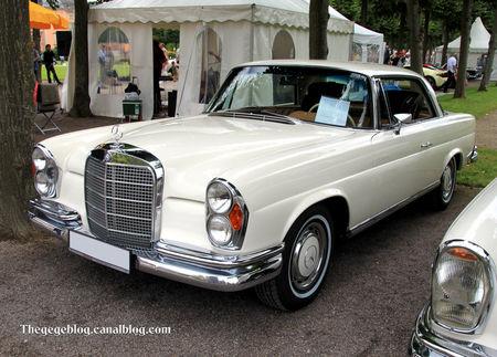 Mercedes_280_SE_coup__de_1968__9_me_Classic_Gala_de_Schwetzingen_2011__01