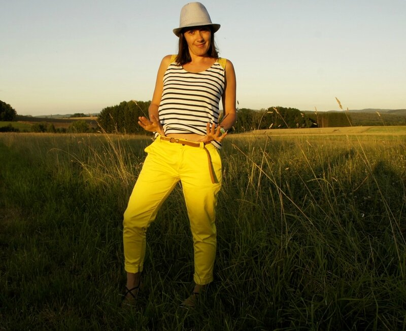 port trousers jaune 06