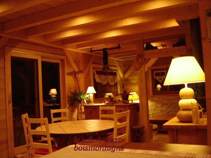 int rieur chalet 097 1 photo de chalet poteaux poutres int rieur bois et montagne. Black Bedroom Furniture Sets. Home Design Ideas