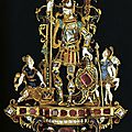 Pendant with david and goliath, 16th century. gold, enamel. dresden