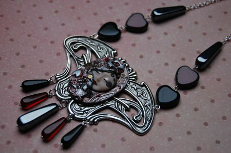 Collier Queen of Heart 1