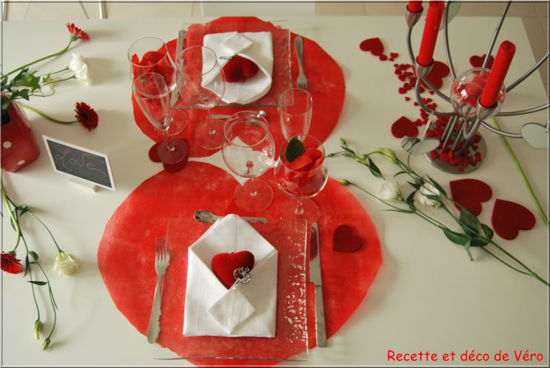 D co de table st valentin for Deco saint valentin