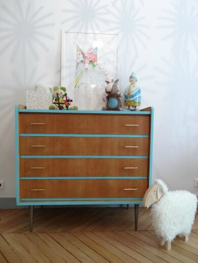 commode vintage pieds metal