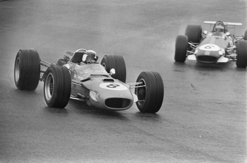 Stewart_and_Rindt_at_1968_Dutch_Grand_Prix
