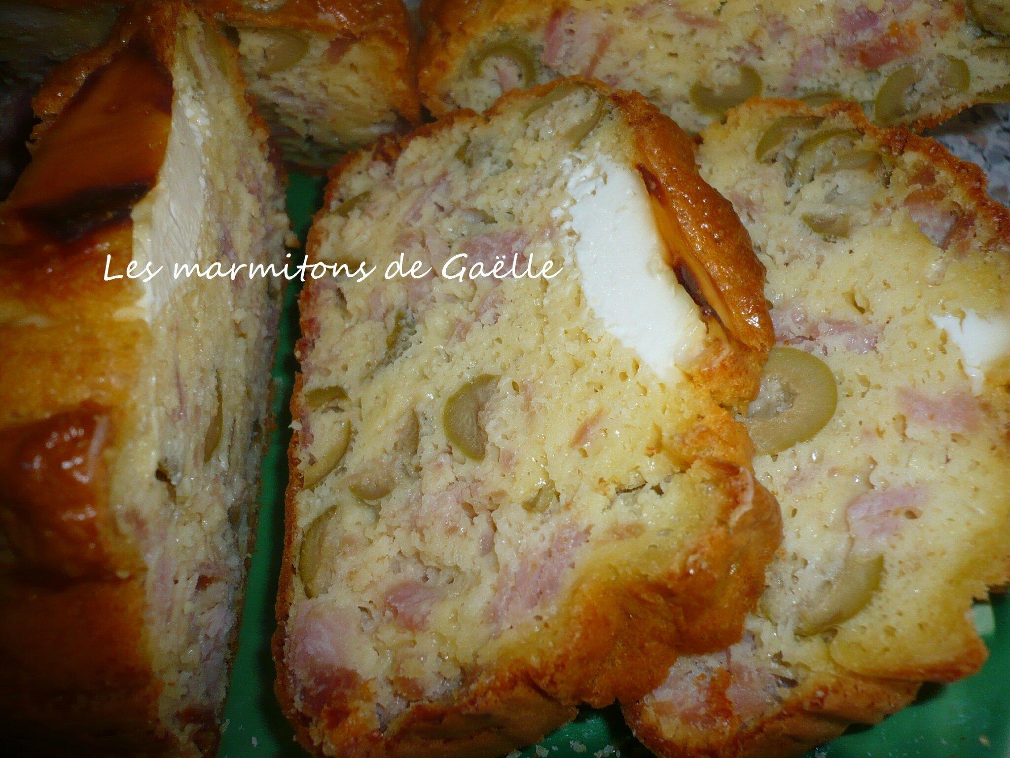 Cake au jambon olives et vache qui rit les marmitons de gaelle - Cake au olive jambon ...