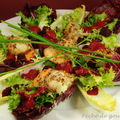 Salade de Saint-Jacques aux noisettes, vinaigrette de betterave  l'huile d'olive