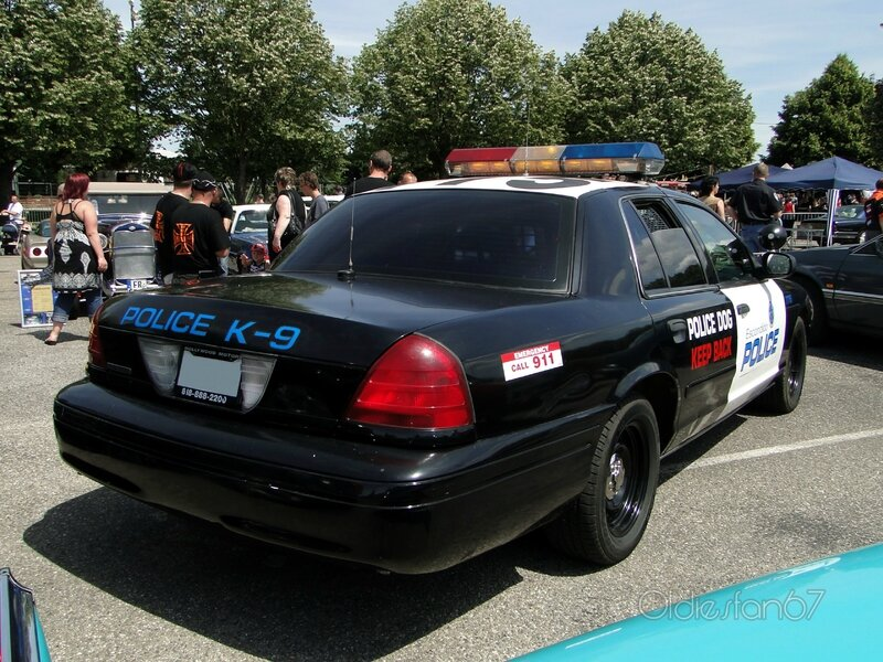 ford crown victoria police interceptor 2001 b