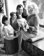 1964-01-naissance_mariska