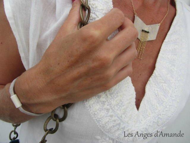 collier-bracelet cuir