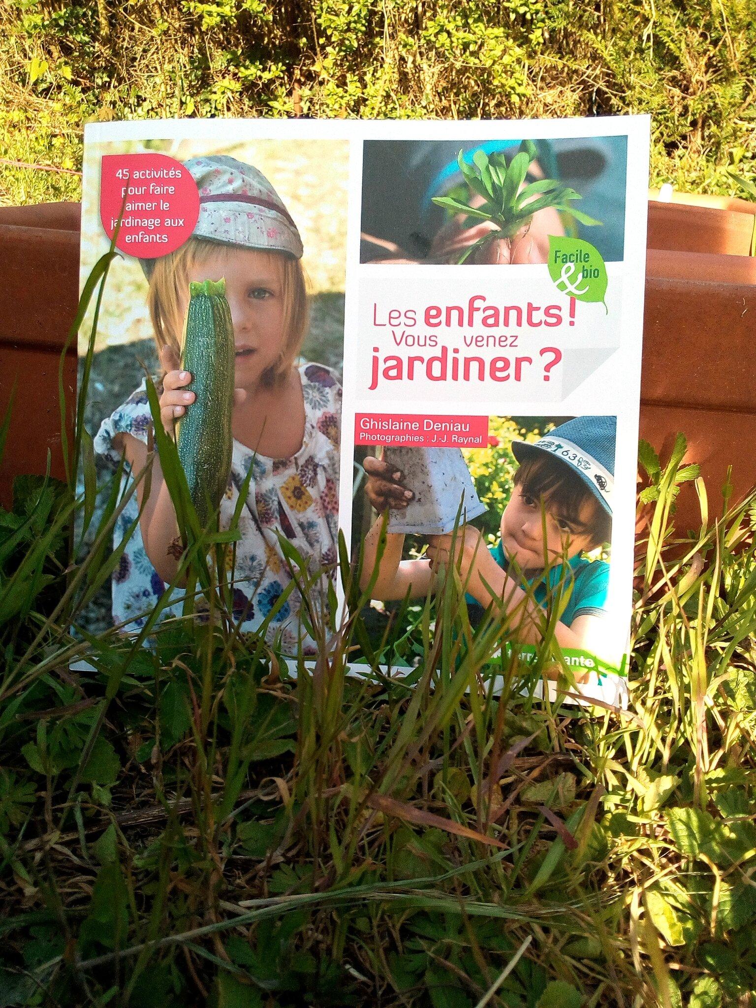 """Le dimanche on bouquine """"Les enfants Vous venez jardiner"""