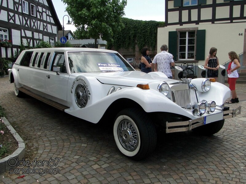 excalibur-stretch-limousine-2