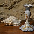 Bougeoir ancien en porcelaine