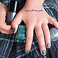 Snb # 23 marble nails/2 manucures inside