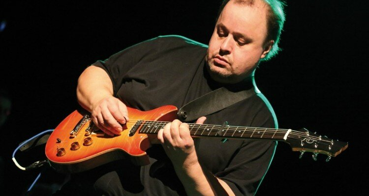 Steve_Rothery-750x400