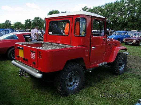 toyota land cruiser j40 pickup 1960 1984 b