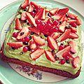 Tarte aux fraises, biscuit amande, crème pistache
