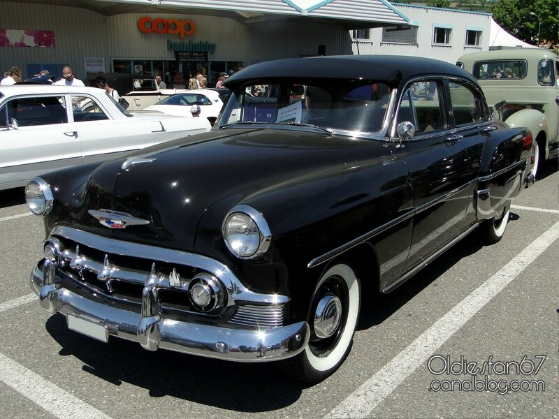 chevrolet-210-sedan-1953-01