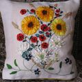 Coussin Broderie au ruban