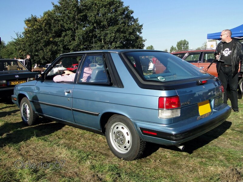renault-alliance-1,7l-hatchback-1987-b