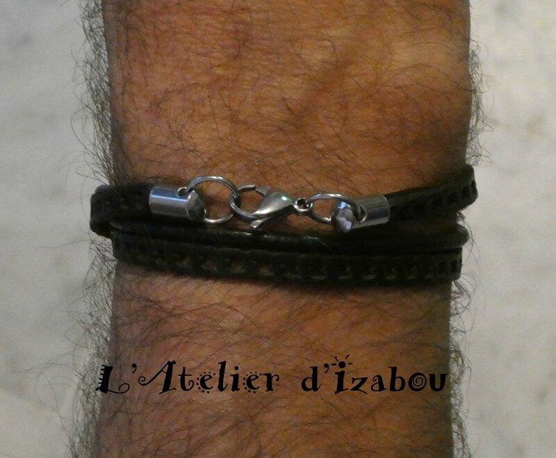 P1000833 Bracelet homme cuir noir, cuir châine et fermoir mousqueton