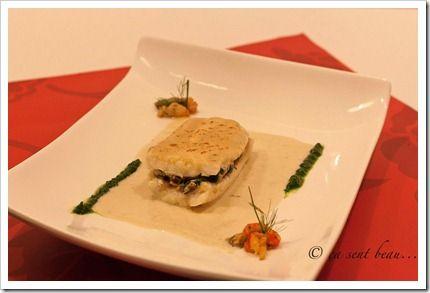 filet sole farçi aux écrevisses, sucs d'arêtes réduits, champignons et épinards