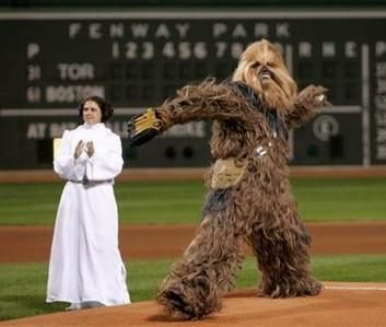 SW_Chewbacca_Pitching
