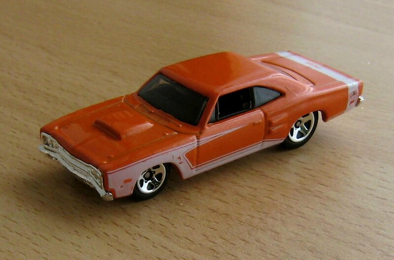 Dodge coronet super bee 1969 de chez Hotwheels (2009) 01