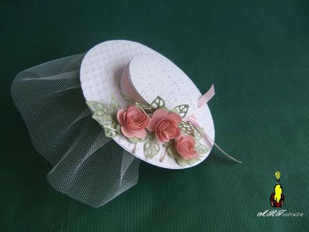 ART 2011 06 chapeau mariage 1
