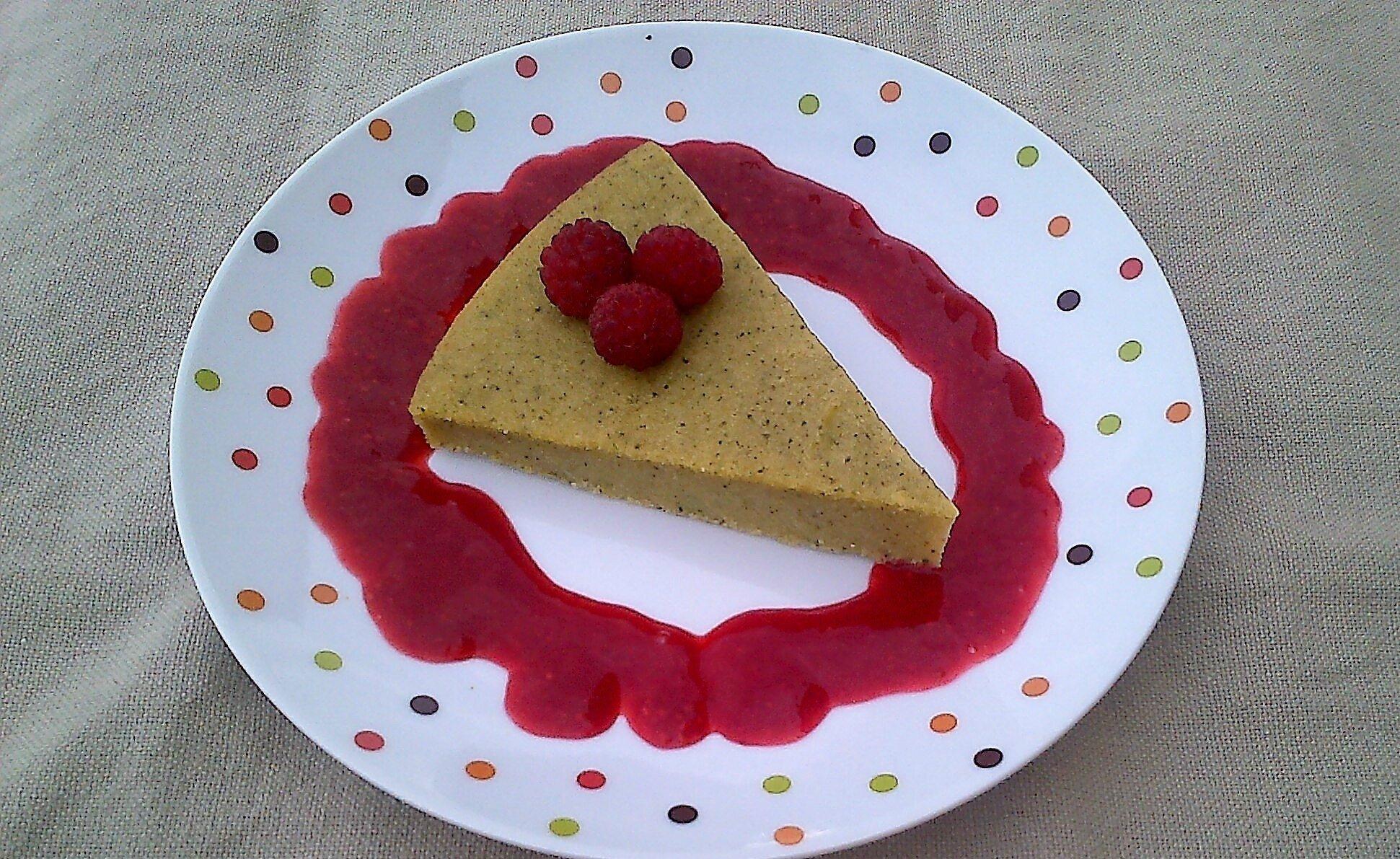 Gâteau sucré à la Courgette & Farine de Maïs au Coulis de Framboises