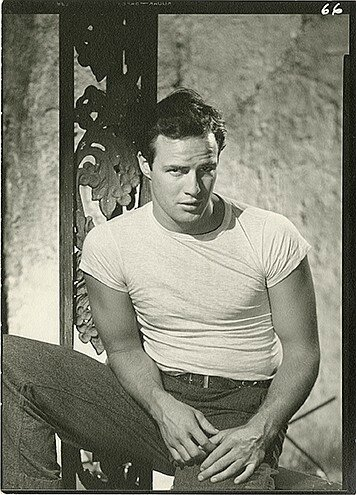 lot104-marlon_brando-by_john_engstead-1