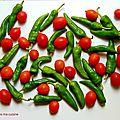 Poivrons doux italiens et tomates sautés à la poêle