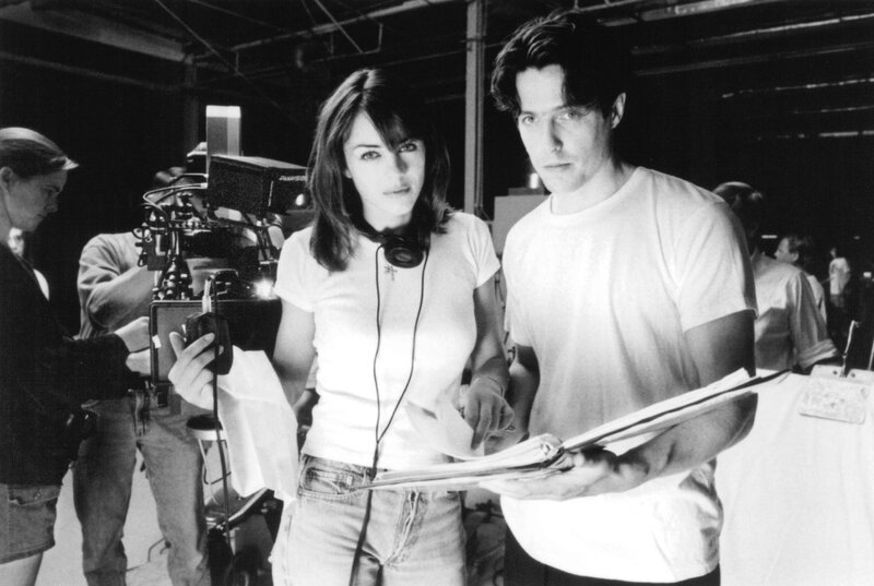 still-of-elizabeth-hurley-and-hugh-grant-in-extreme-measures-(1996)-large-picture