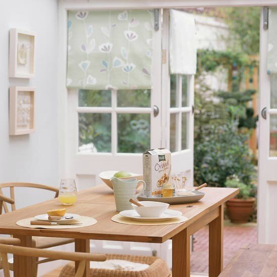Pastel-breakfast-room-conservatory-ideal-home-housetohome