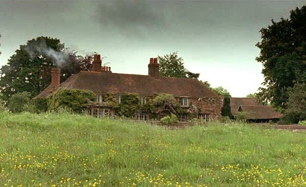 Cottage-from-Howards-End-filming-location-7