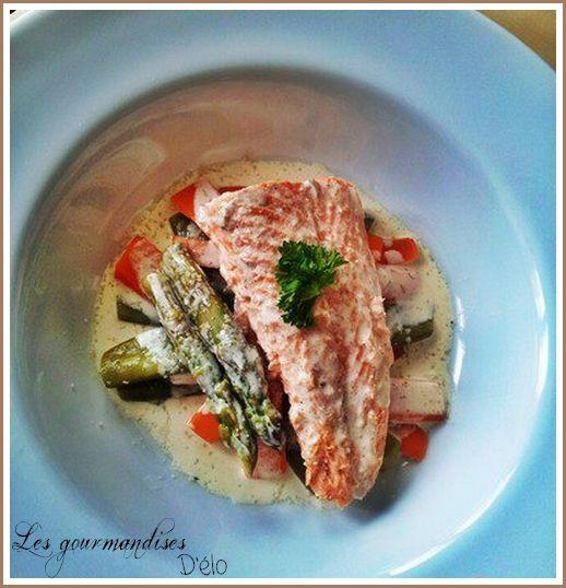 Saumon en vapeur, légumes croquants et crème infusée au thym