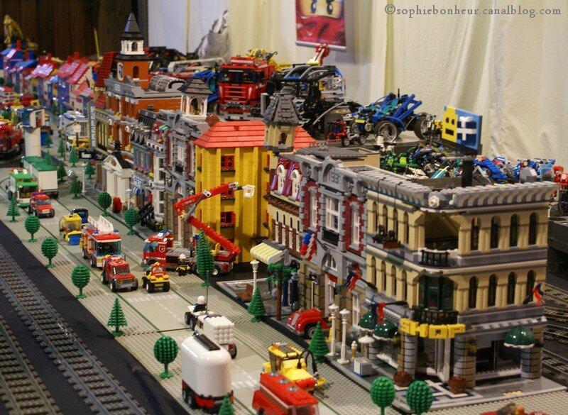 exposition de trains et de lego aux petits bonheurs de. Black Bedroom Furniture Sets. Home Design Ideas