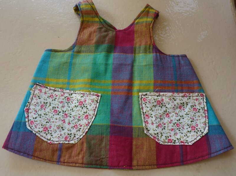 apron dress with pockets (1)
