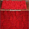 2 écharpes rouges au tricot contre le sida