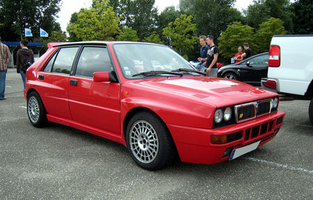 Lancia_delta_HF_integrale_01