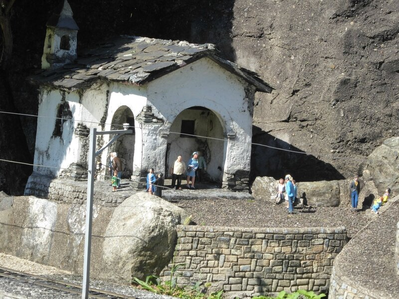 Swiss-Miniatur (11)