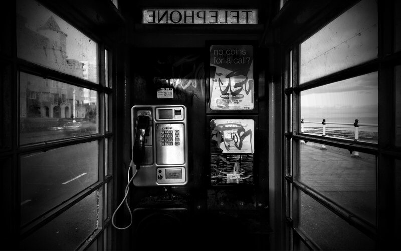 telephone-cell-bw
