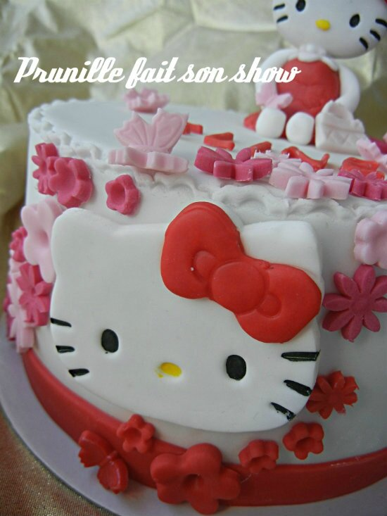 hello kitty cake prunillefee