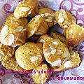 Petits gâteaux au miel et à la fleur d'oranger