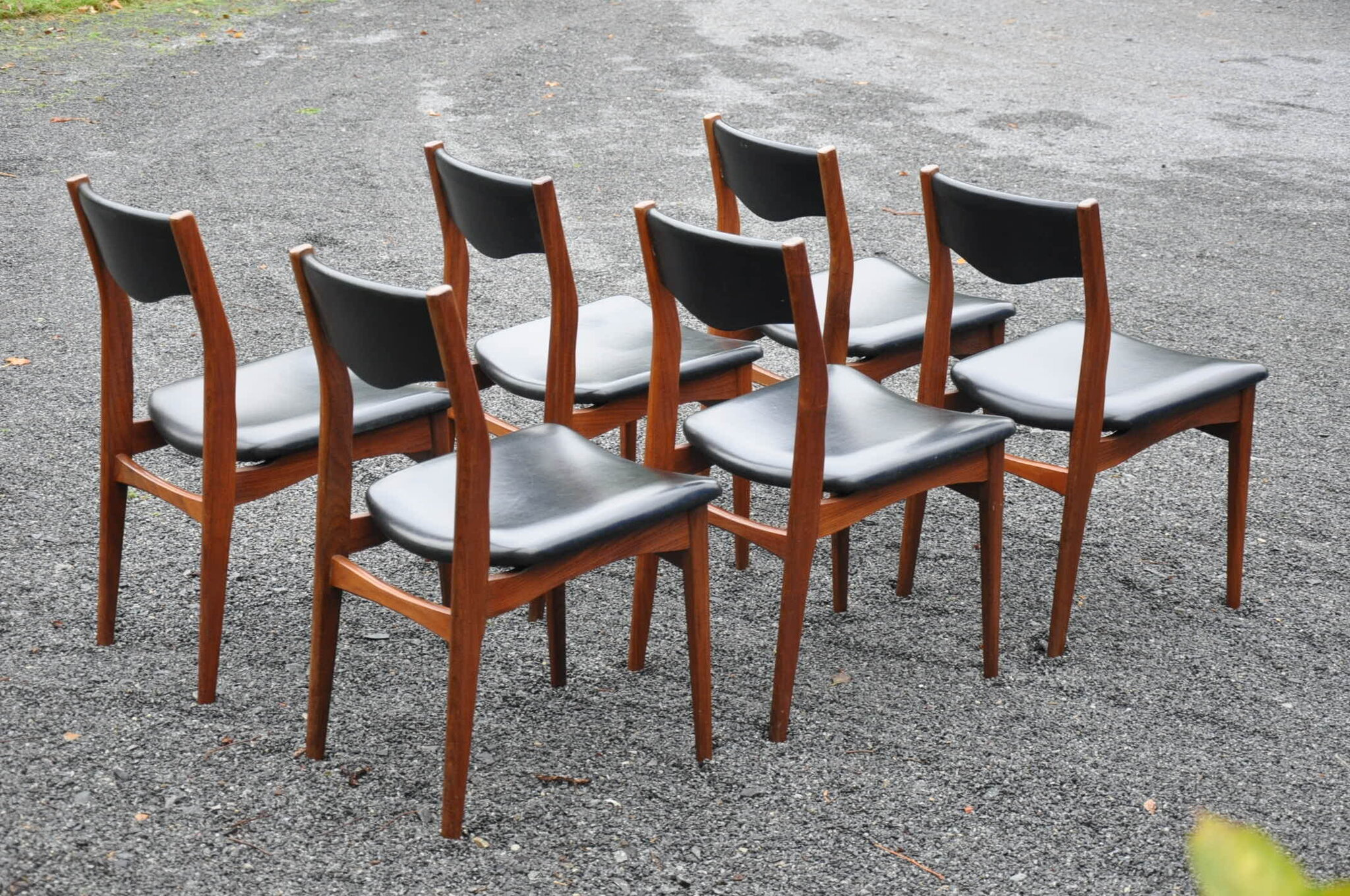 6 chaises de type scandinave articles vendus antiquit s du vingti me. Black Bedroom Furniture Sets. Home Design Ideas
