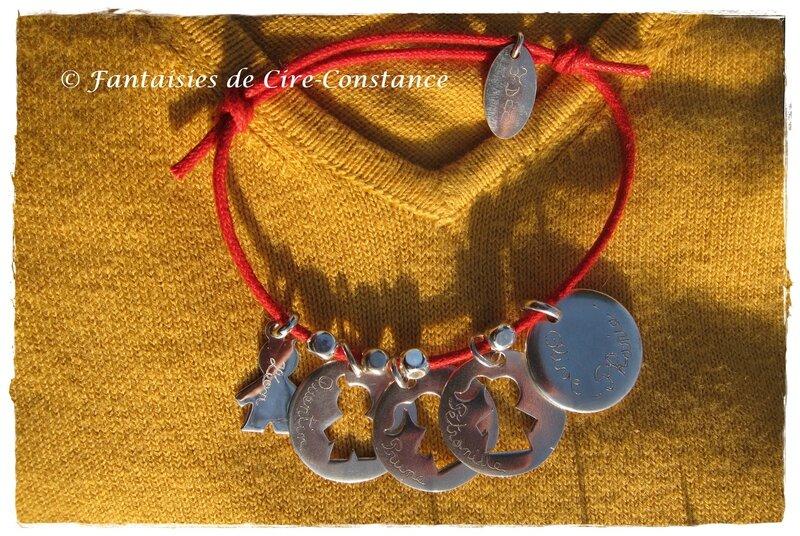 Bracelet coton ciré rouge médailles gravées enfants-2