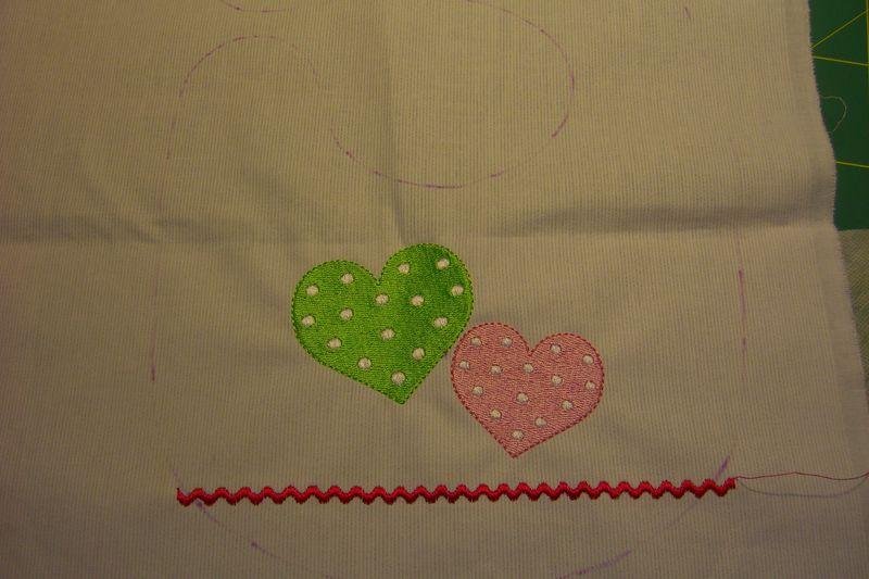 comment coudre des motifs sur tissu